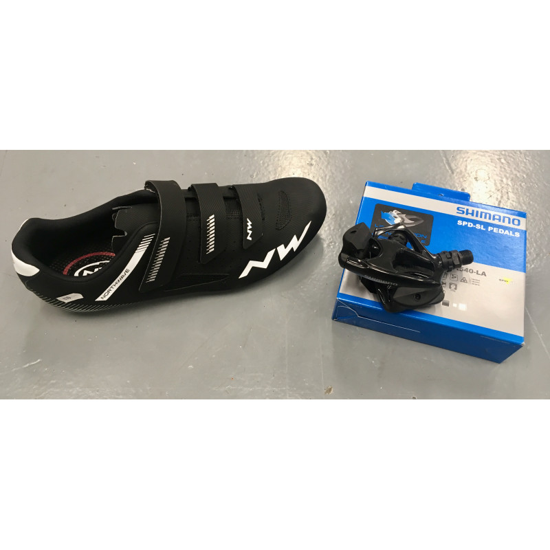 e8de6356380f80 Cycling Shoes and Pedals Set - Marrey Bikes