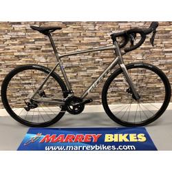 Giant CONTEND SL 1 DISC Road Bike 2021