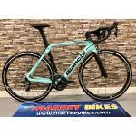 Bianchi  Ultegra Di2 11sp OLTRE XR4 Road Bike 2021